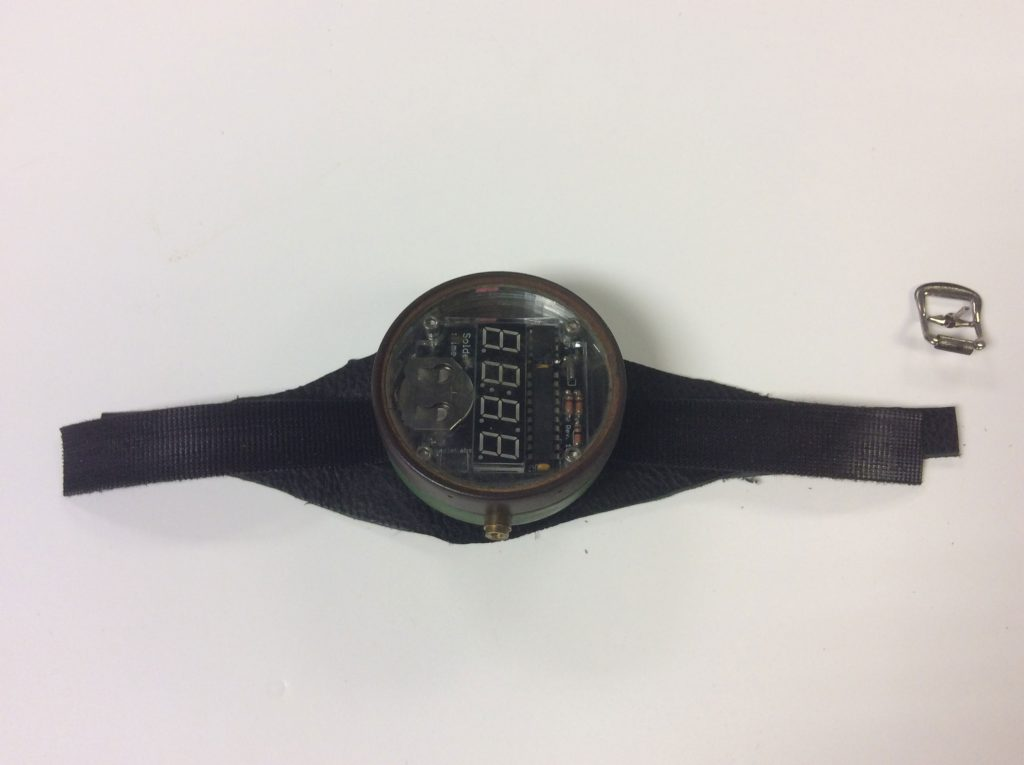 Watch strap made with leather and buckle